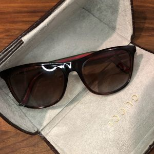 GUCCI GG 1055/S Unisex Sunglasses with Web Stripe